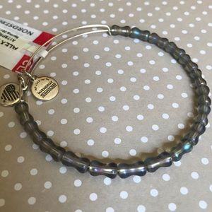 🚨SALE🚨Alex and Ani concave bead bangle NWT